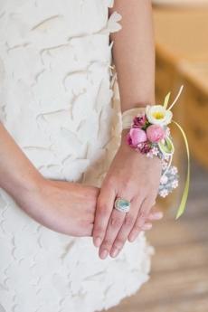 Живой браслет для невесты