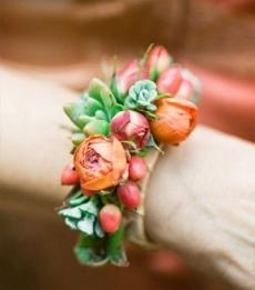 Свадебный цветочный браслет